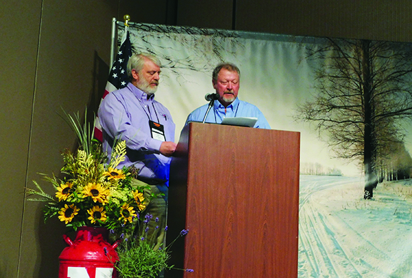 ISC Co-Chairs Jeff Kracl (L) and Stan Stuthiet (R) offer opening remarks at first general session.